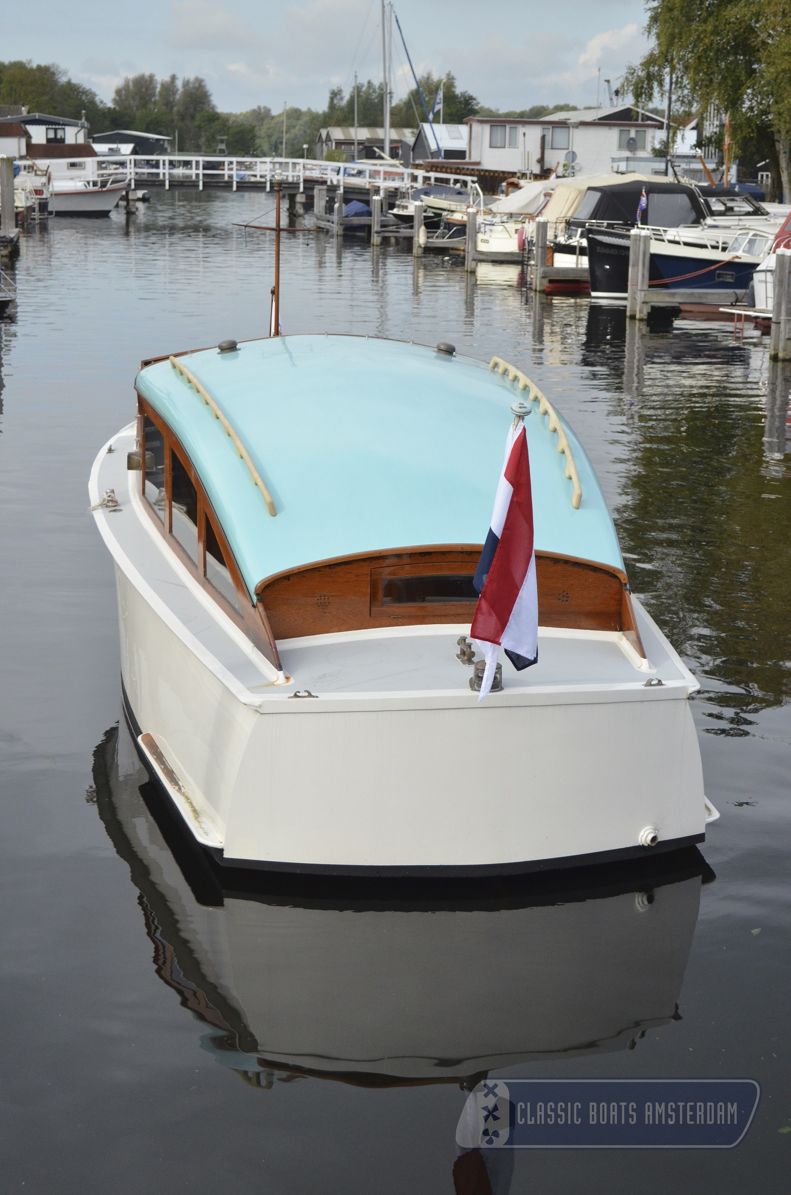 save sale cabin boats com ray cabins for boat this sundancer sea